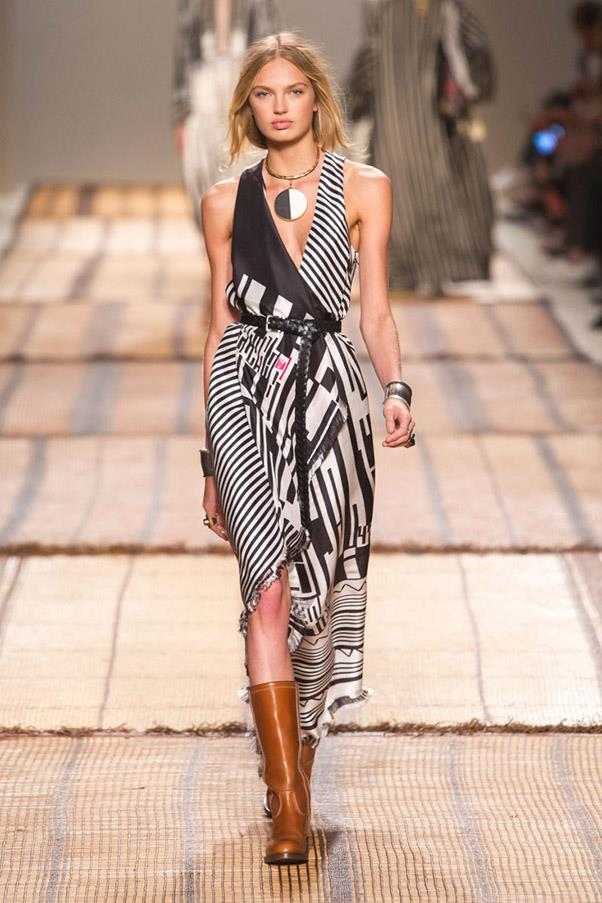 <strong>Moto Crossing</strong> <br><br> Etro
