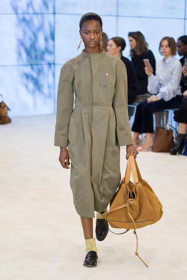 <strong>Fatigues Please</strong> <br><br> Loewe