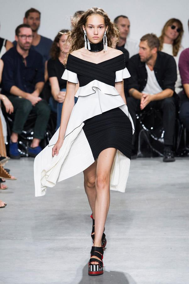 <strong>High Contrast Sports</strong> <br><br> Proenza Schouler