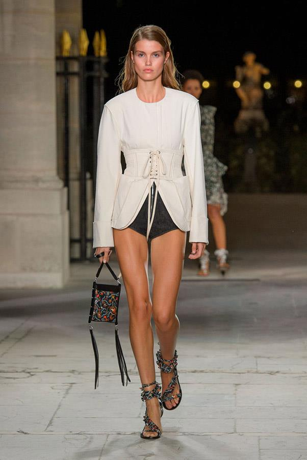 <strong>High Contrast Sports</strong> <br><br> Isabel Marant