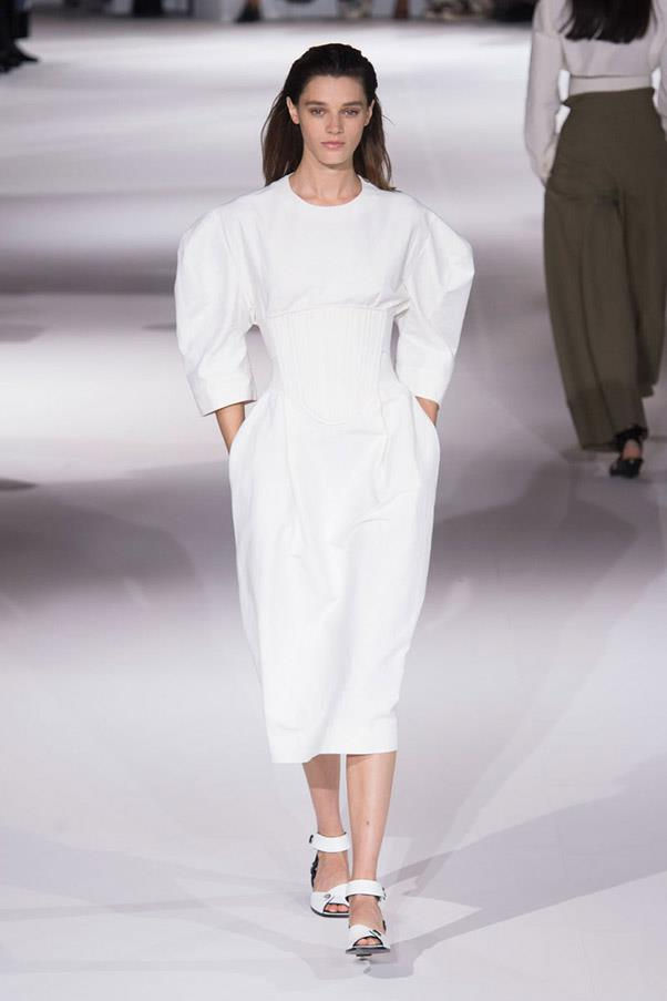 <strong>High Contrast Sports</strong> <br><br> Stella McCartney