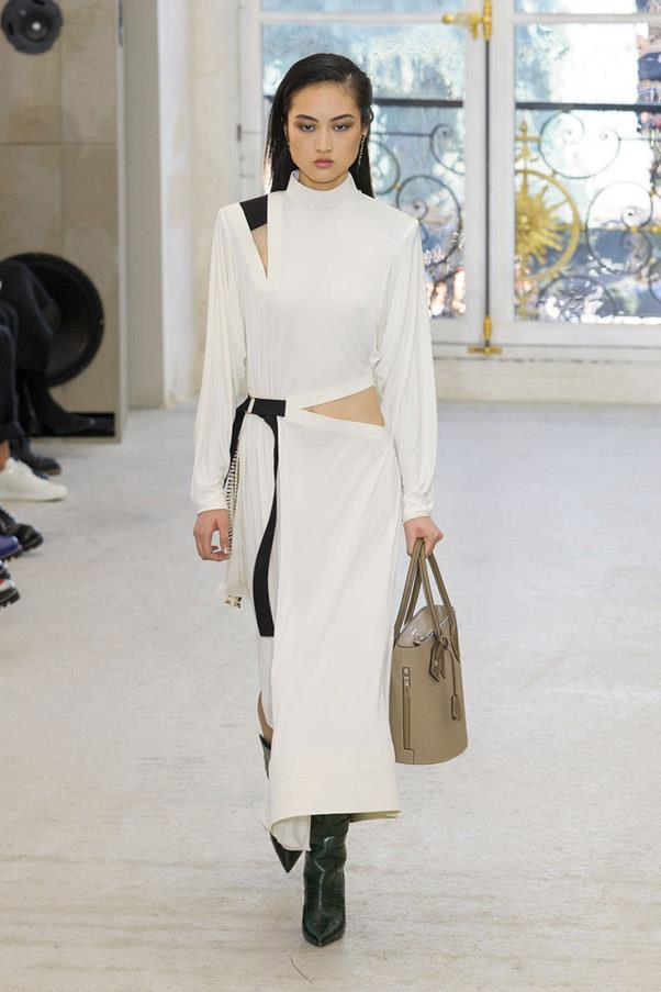 <strong>High Contrast Sports</strong> <br><br> Louis Vuitton