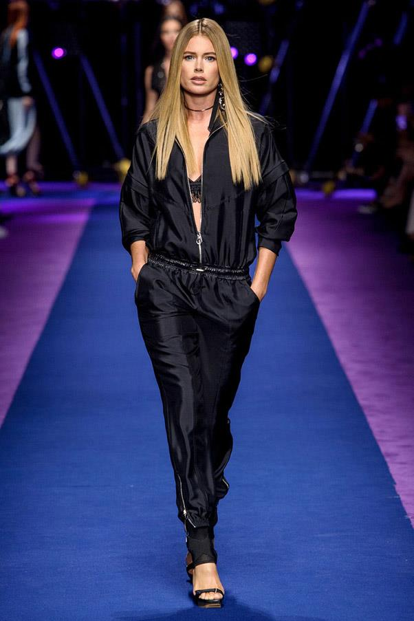 <strong>High Contrast Sports</strong> <br><br> Versace