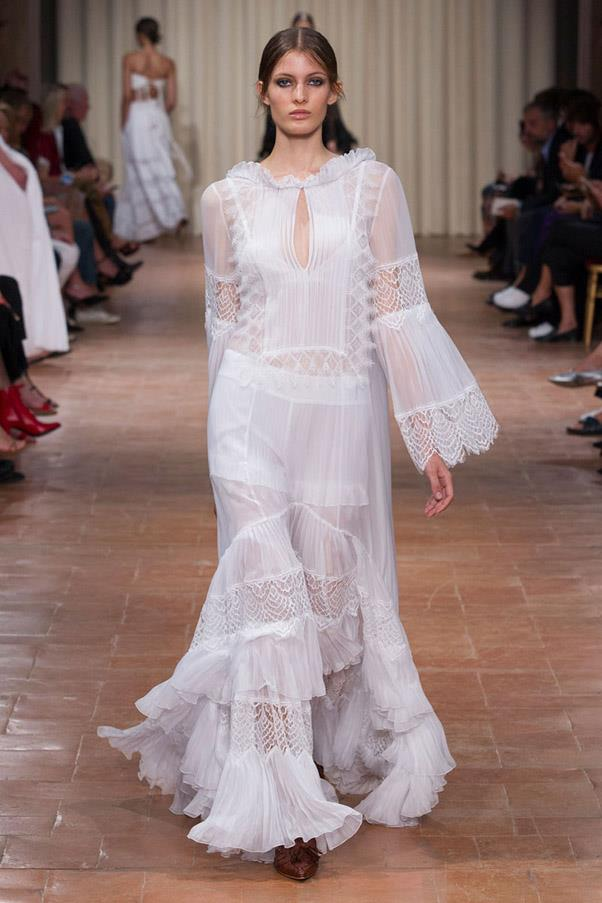 <strong>Bridal Party</strong> <br><br> Alberta Ferretti