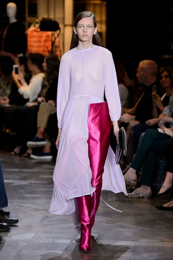 <strong>Rose Coloured Lens</strong> <br><br> Vetements