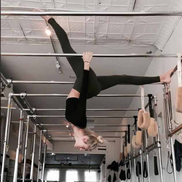 """Devon Windsor <br><br> Windsor trains like a true angel with her gymnastics inspired workout. <br><Br> Instagram: <a href=""""https://www.instagram.com/p/BLJL3kQDPzp/?taken-by=devwindsor"""">@devwindsor</a>"""