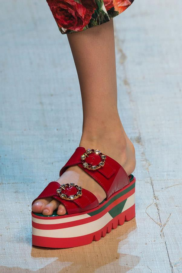 <strong>Good (Flat) Form </strong><br><br> Dolce & Gabbana