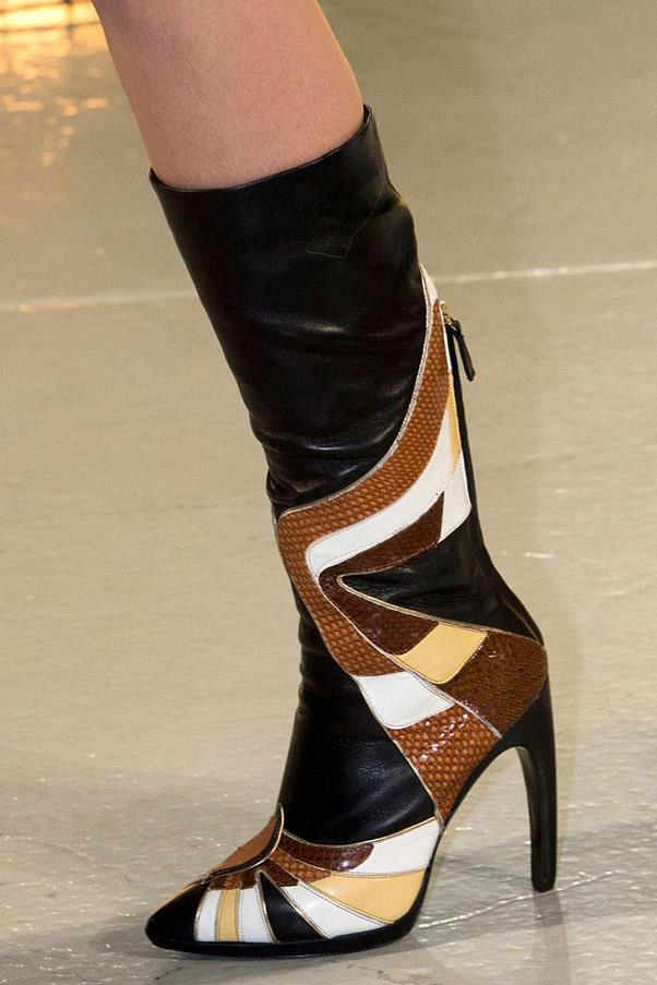 <strong>Warm Weather Leather </strong><br><br> Rodarte