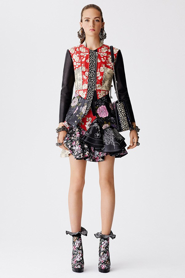 <strong>Patchwork Prints</strong><br><br> Alexander McQueen