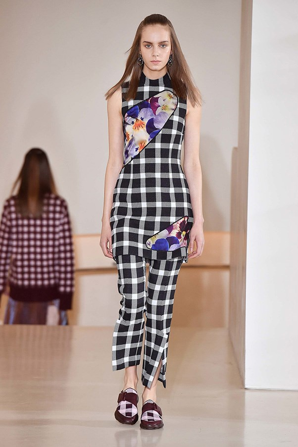 <strong>Patchwork Prints</strong><br><br> Christopher Kane