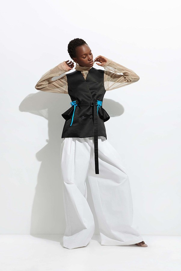 <strong>Wide-Legged Trousers</strong><br><br> Tome