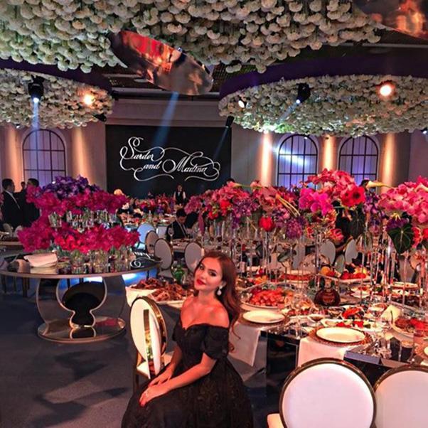 "<strong>The flowers</strong><br><br> Wedding three <br><br> Image: Instagram <a href=""https://www.instagram.com/p/BMQyxAelluT/"">@abdullaeva___f</a>"
