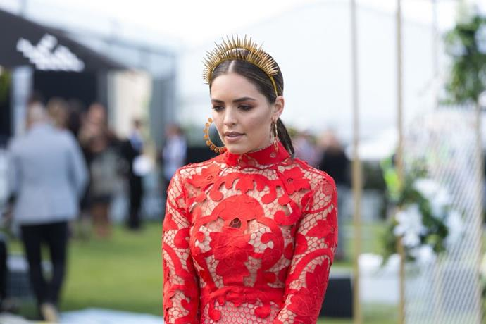 """<strong>Olympia Valance, Caulfield Guineas Day</strong> <br><br> <em>""""That crown! Chic and modern, this has to be my favourite look for the day.""""</em> — Pete Harrison, group commercial category manager"""