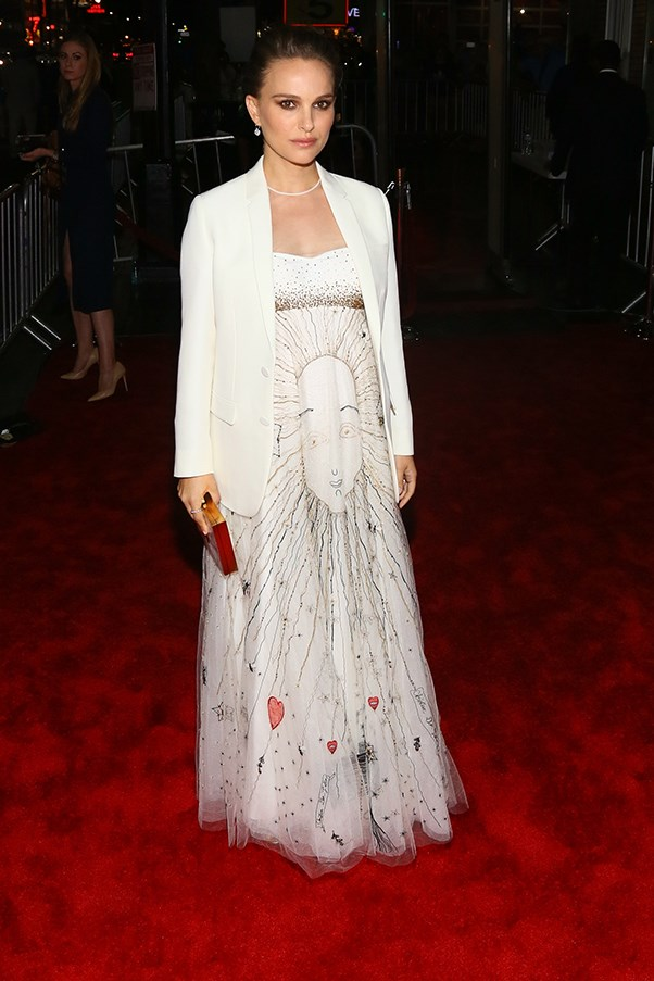 "Natalie Portman stunned at the premiere of her <a href=""http://www.harpersbazaar.com.au/news/culture-club/2016/10/natalie-portman-jacqueline-kennedy-movie/"">highly anticipated bio-pic</a> <em>Jackie</em>."