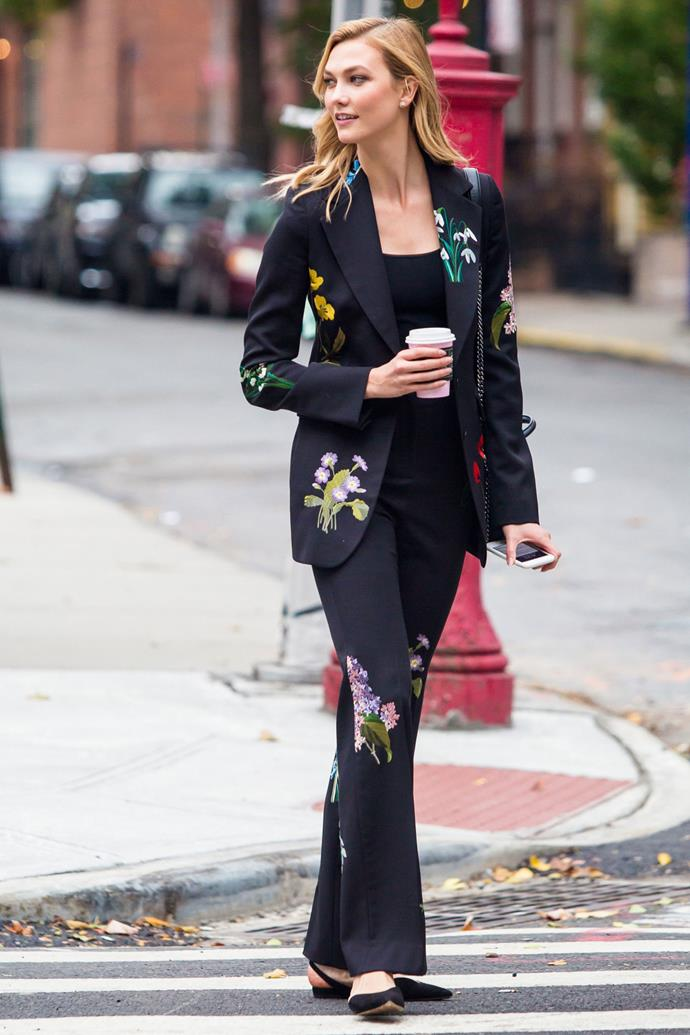 <strong>KARLIE KLOSS</strong> <br><br> <strong>November 2016:</strong> Embroidery isn't just for dresses, liven up your power suit with some pretty floral accents.