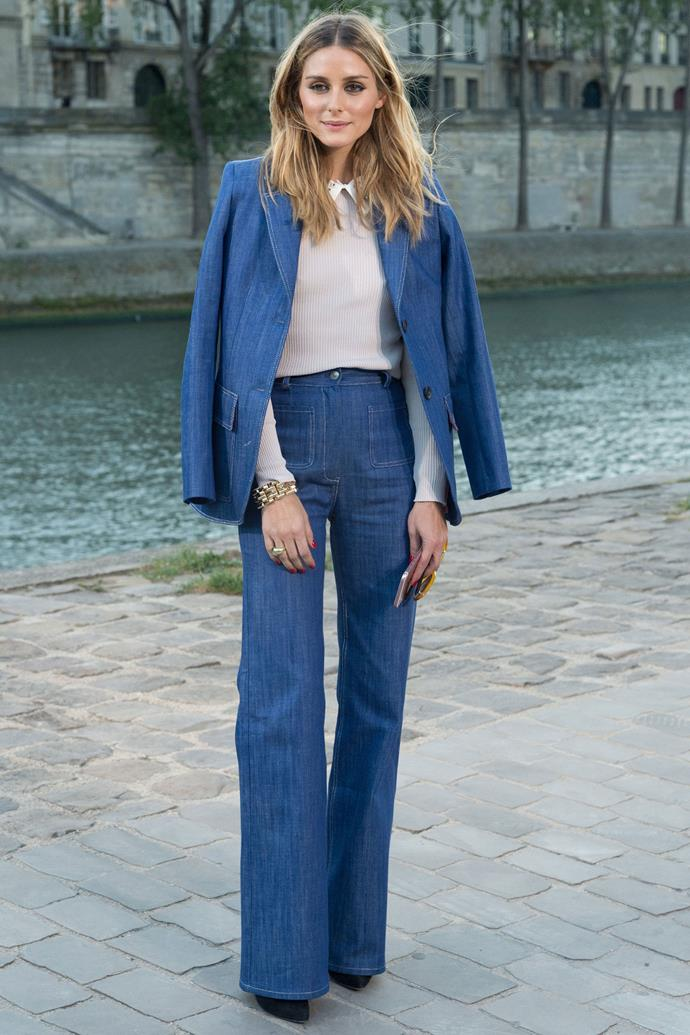 <strong>OLIVIA PALERMO</strong> <br><Br> <strong>October 2016:</strong> Double denim can be chic. Take inspiration from Olivia Palermo's Paul & Joe outfit and try it out with a pair of high-rise straight-leg jeans.