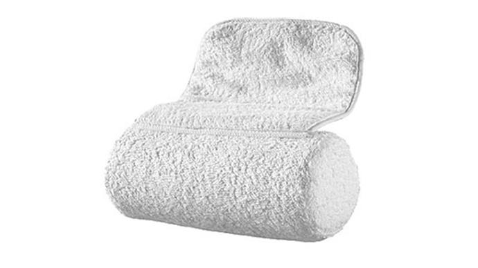 """The Body Shop bath pillow, $14.95 from <a href=""""http://www.thebodyshop.com.au/bath-and-body/accessories/bath-pillow#.WDT_H7J95hE"""">The Body Shop</a>."""