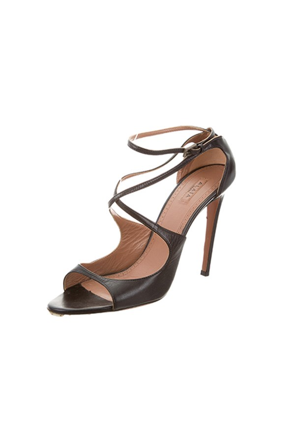 "<strong>Do: Take advantage of discounts.</strong><br><br> Many of the top consignment stores offer discounts on a near-weekly basis. Sign up to their newsletters to receive the heads-up on sales and be sure to use discount codes when available.<br><br> Alaïa sandals, $362 (with discount), <a href=""https://www.therealreal.com/products/women/shoes/sandals/alaia-leather-multistrap-sandals-7"">The RealReal </a>"