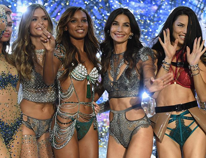 Victoria's Secret Fashion Show 2016 All the Looks