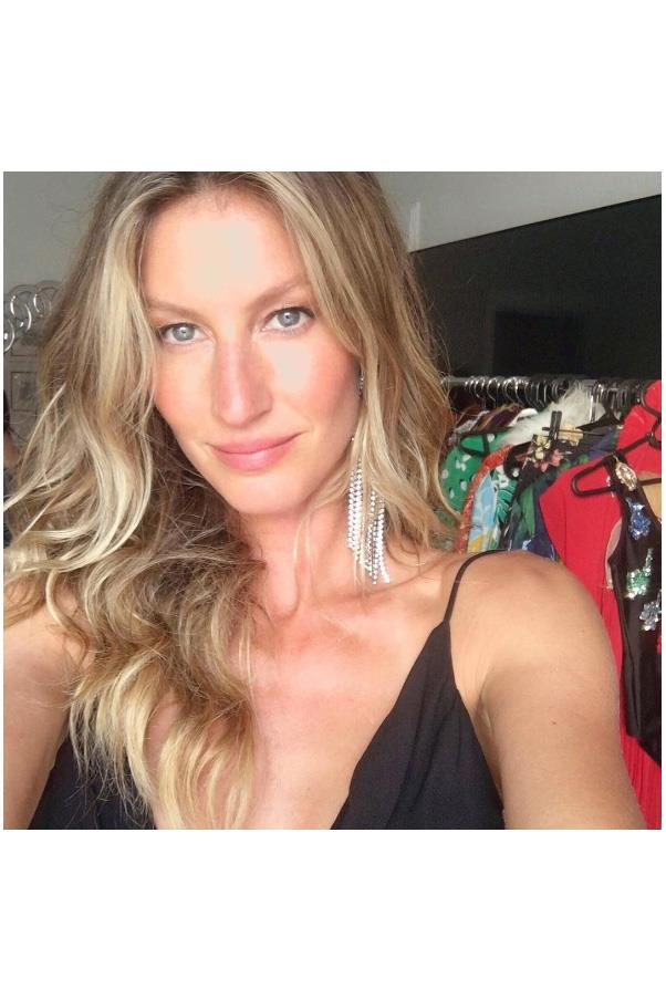 "<strong>8. Gisele Bundchen</strong> <br><br> Gained 3.9 million followers. <br><br> <a href=""https://www.instagram.com/p/BJlbW5TDiyI/"">@gisele</a>"