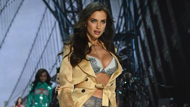 No One At The Victoria's Secret Fashion Show Knew Irina Shayk Was Pregnant