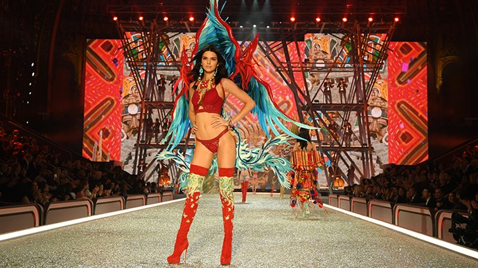 Kendall Jenner Victoria's Secret Fashion Show 2016