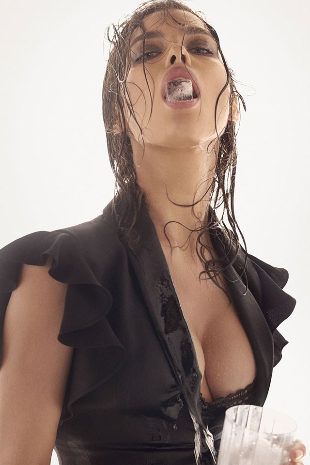 <strong>Alberta Ferretti</strong><br><br> Modelled by Irina Shayk, shot by Steven Meisel.