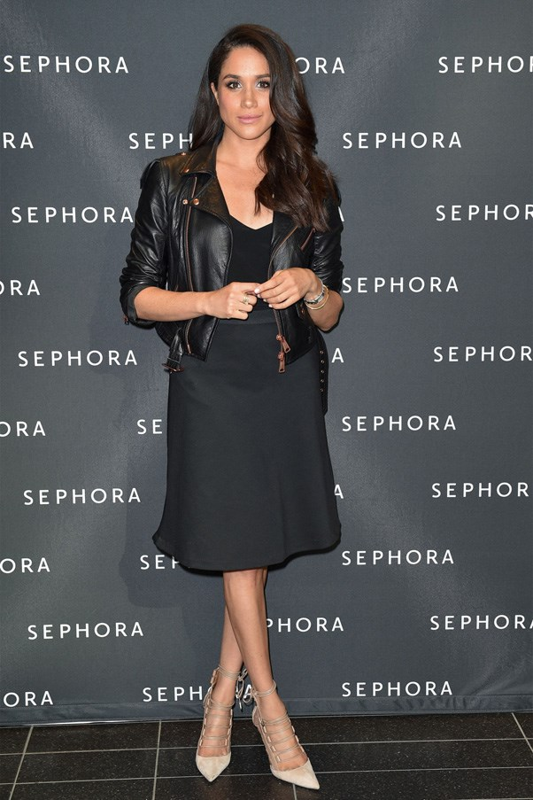 <strong>2016</strong> <br><br> at the new Sephora opening at Toronto Eaton Centre.