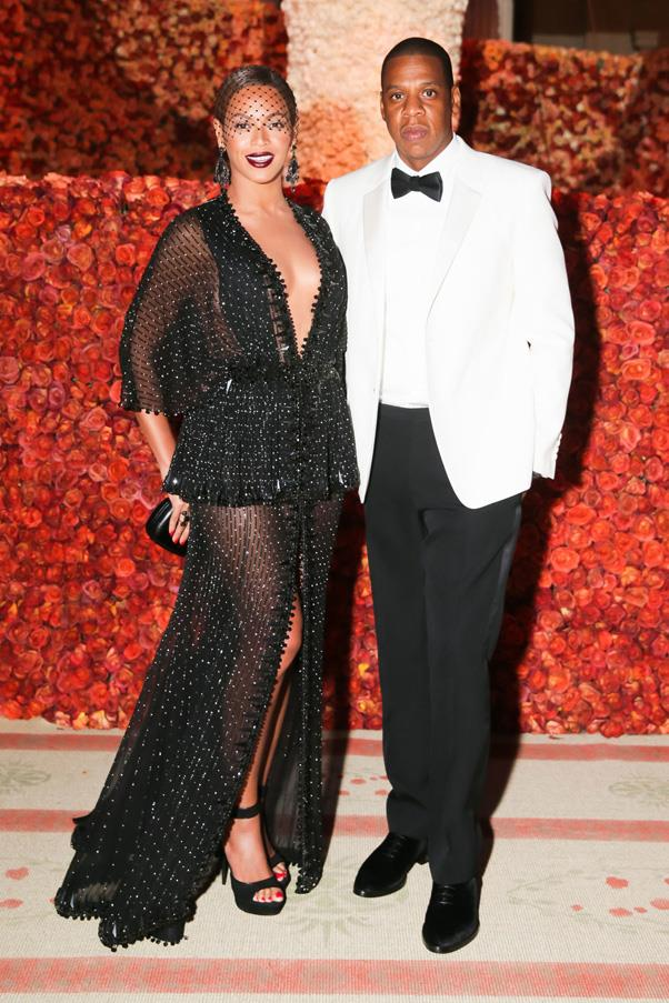 <strong>JAY-Z AND BEYONCE</strong> <br><br> Queen Bey and her husband Jay Z have always been a private couple, but in 2008 they secretly tied the knot at Jay's TriBeCa apartment. Last month, it was rumored that the Carter-Knowles put another ring on it, secretly renewing their vows in Europe after their On The Run Tour.