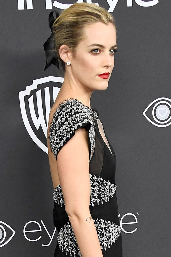 <strong>Ribbons</strong><br><br> Ribbons had a major moment on the red carpet, whether used as a hair-tie (Sienna Miller and Riley Keogh) or a neck-tie (Michelle Williams).<br><br> Riley Keogh in Chanel couture