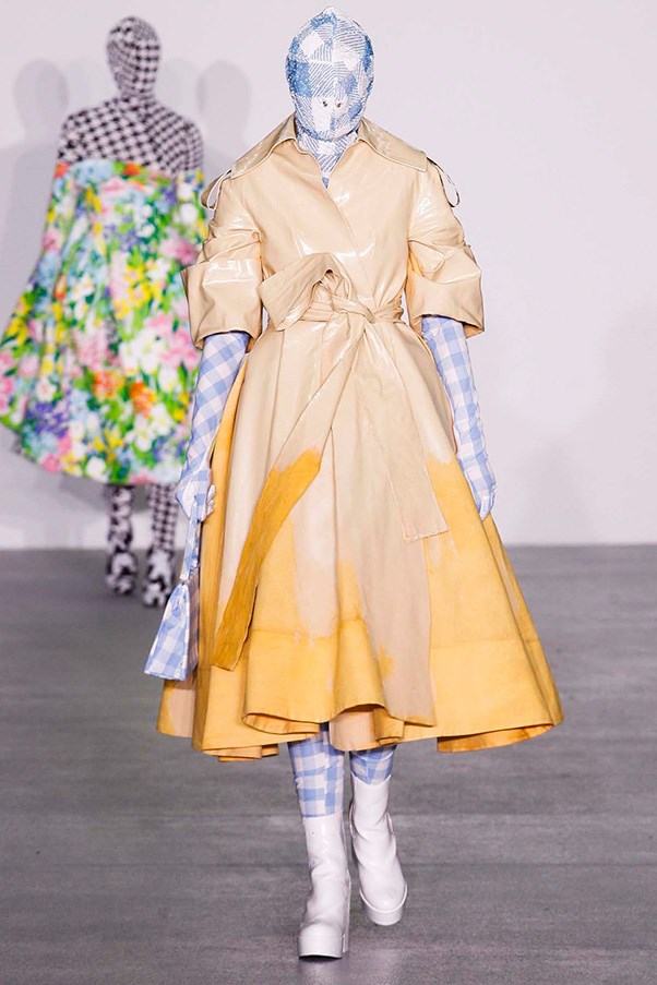 "<strong><a href=""http://www.richardquinn.london/"">Richard Quinn</a> </strong><br><br> This H&M Design Award-winner is a true creative. Need proof? Just look at his penchant for covering models head-to-toe (literally) in his bright, bold, textural designs."
