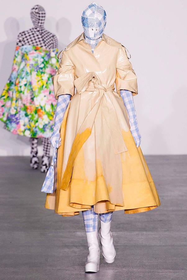 """<strong><a href=""""http://www.richardquinn.london/"""">Richard Quinn</a> </strong><br><br> This H&M Design Award-winner is a true creative. Need proof? Just look at his penchant for covering models head-to-toe (literally) in his bright, bold, textural designs."""