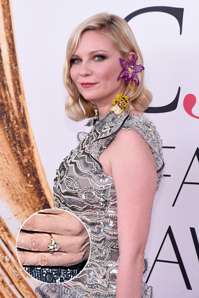 Kirsten Dunst debuted this sweet gold-and-diamond ring from her rumoured fiancé Jesse Plemons last week. The oval-shaped diamond is thought to be around 2-carats.