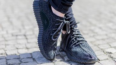 How to Spot a Pair of Fake Yeezys