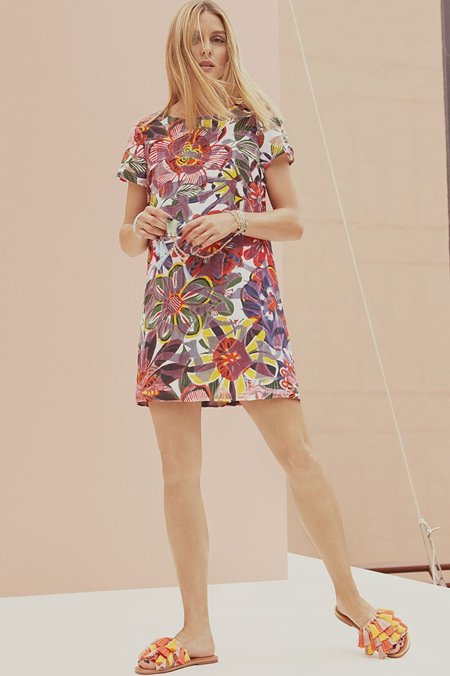 <strong>Max&Co. </strong> <BR><BR> Modelled by Olivia Palermo.