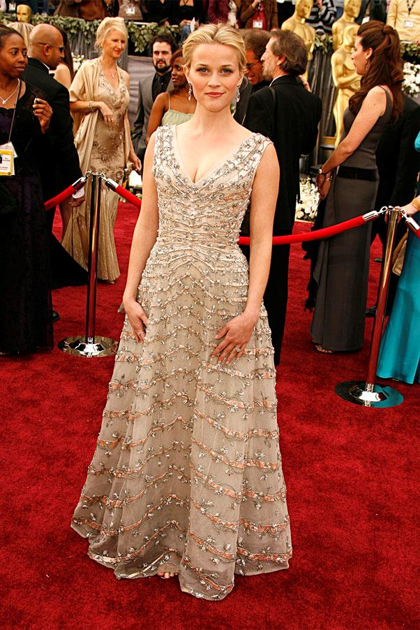 <strong>2006:</strong> <br><br> Reese Witherspoon in vintage Christian Dior