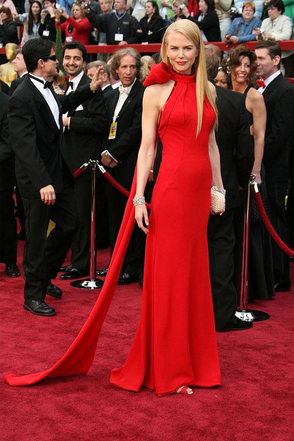 <strong>2007:</strong> <br><br> Nicole Kidman in Balenciaga