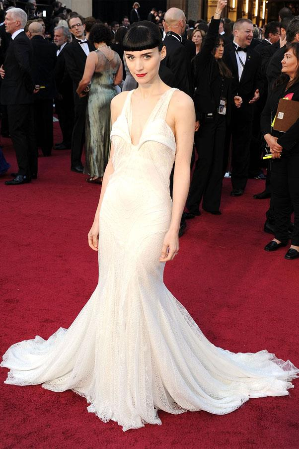<strong>2012:</strong> <br><br> Rooney Mara in Givenchy Haute Couture