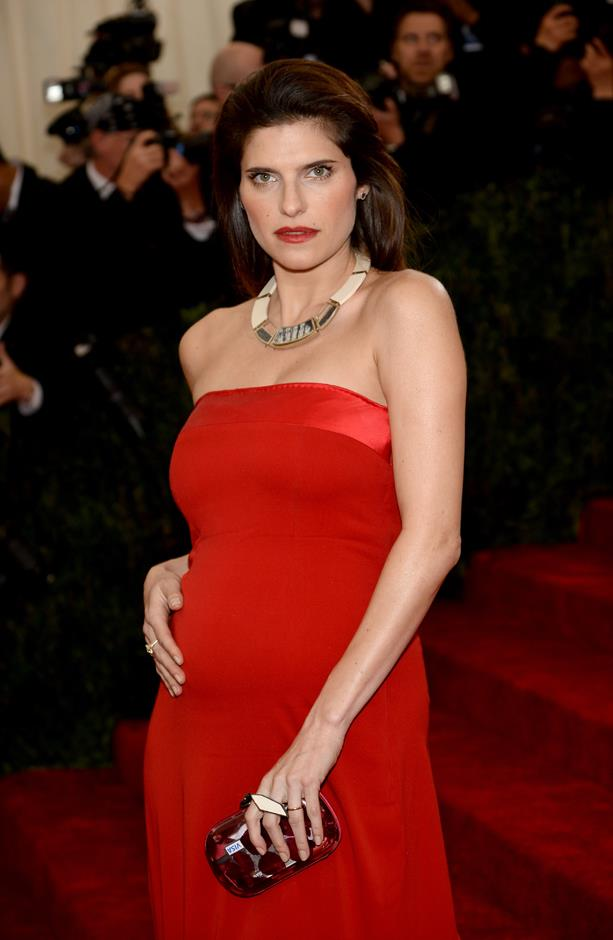 Lake Bell's daughter Nova is getting a sibling in 2017. Lake is married to Scott Campbell.