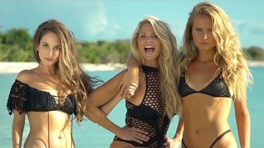 63-Year-Old Christie Brinkley Returns To The Sports Illustrated Swimsuit Issue