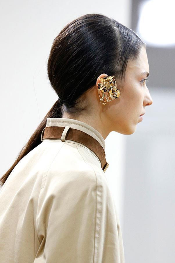 Ear jewellery.