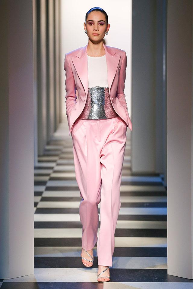 """<strong>5. Oscar de la Renta </strong> <br></br> """"The pant suit is definitely having a moment and the fact that we are all embracing colour again, makes this pale pink pant suit a clear standout favourite. I think Fernando and Laura did an amazing job of staying true to the legacy of the house whilst moving the brand forward. This is super modern evening wear and I can't wait to see it on the red carpet as it's so unexpected."""