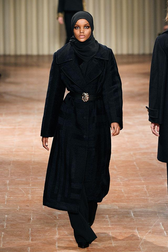<strong>6. She just made her MFW debut</strong> <BR><BR> Aden made her Milan Fashion Week debut at Alberta Ferretti's show in this floor-length ebony ensemble.