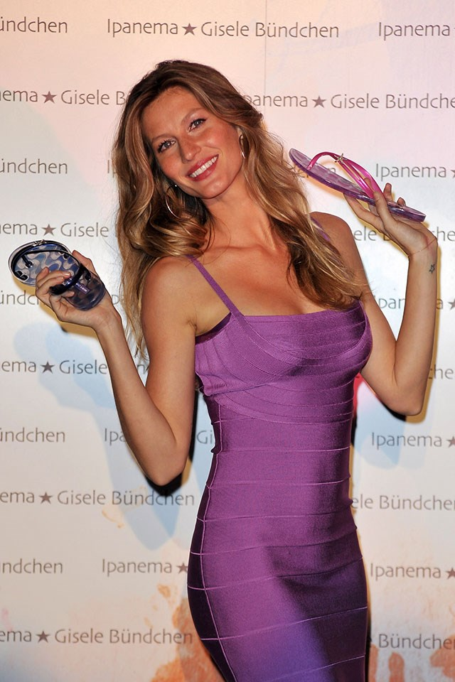 """<strong>4. Gisele has her own (incredibly successful) sandal brand.</strong> Gisele attributes a significant portion of her wealth to herown affordable sandal brand, <a href=""""http://www.ipanemaflipflops.co.uk/"""">Ipanema</a>."""