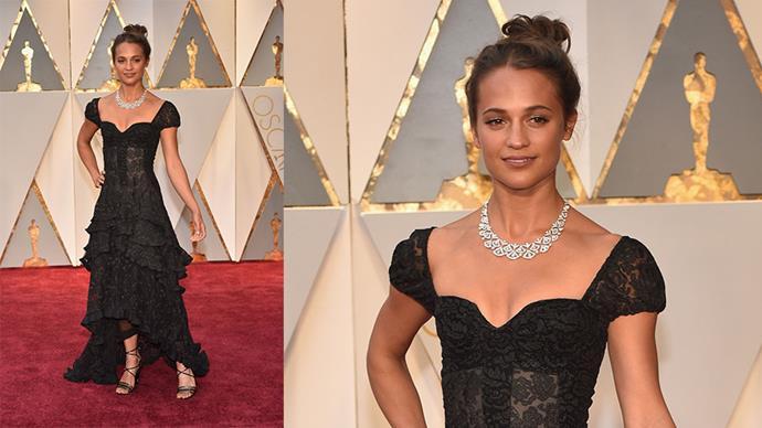 <strong>Alicia Vikander</strong> <br><br> Louis Vuitton diamond necklace.