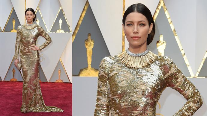 <strong>Jessica Biel</strong> <br><br> Tiffany & Co. necklace.