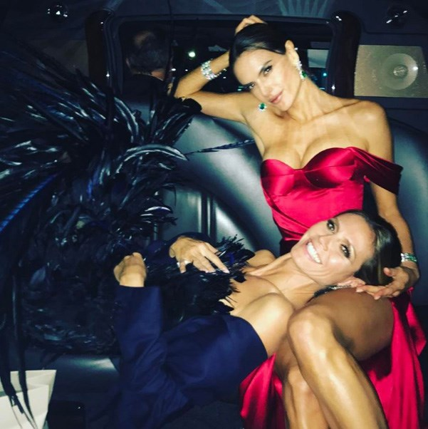 """<strong>Alessandra Ambrosio staged a mini-photoshoot with veteran VS model Heidi Klum, who was an Angel for 13 years</strong> <br><br> Instagram: @<a href=""""https://www.instagram.com/alessandraambrosio/"""">alessandraambrosio</a>"""