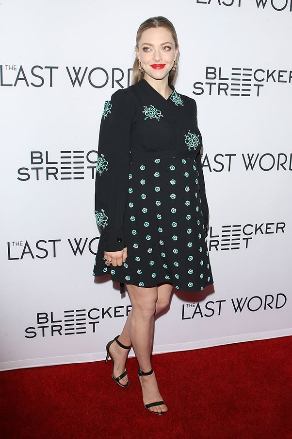 Amanda Seyfried made her first red carpet appearance since announcing her pregnancy with fiance Thomas Sadoski at the premiere for <em>The Last Word</em>.