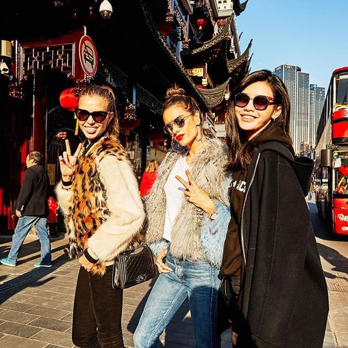 """Ming Xi played tour guide for Josephine Skriver and Alessandra Ambrosio. <br><br> Image: <a href=""""https://www.instagram.com/p/BRTQ-NqjhkA/"""">@jeromeduran</a>"""