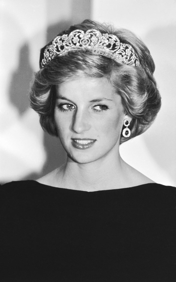 A portrait of Diana wearing the Spencer Tiara in Australia in 1985.
